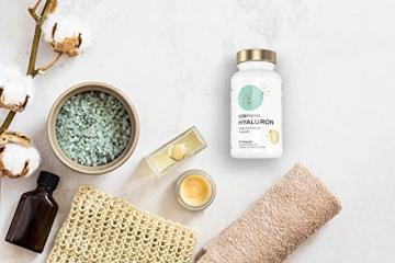 Hyaluronsäure Kapseln - Hochdosiert mit 350 mg pro Kapsel. 90 vegane Kapseln im 3 Monatsvorrat - 500-700 kDa - Angereichert mit Vitamin C, B12 und Zink - Für Haut, Anti-Aging und Gelenke - Cosphera - 5
